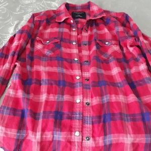 American eagle snap button down long sleeve shirt